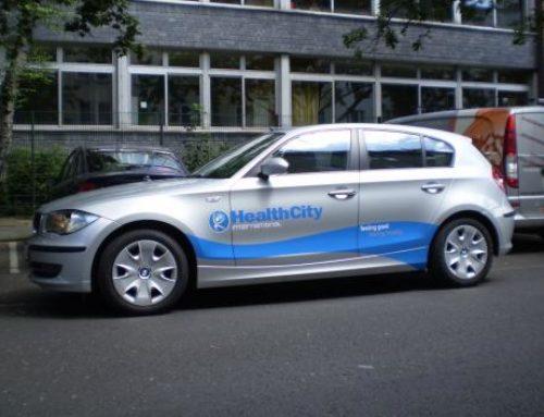 HealthCity bedrijfsauto's reclamebelettering