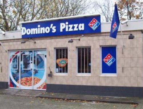 Domino's Pizza reclamevlaggen