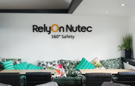 Rely On Nutec | Ardventure | Reclame.nl